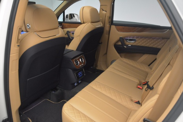 New 2018 Bentley Bentayga W12 Signature for sale Sold at Bugatti of Greenwich in Greenwich CT 06830 21