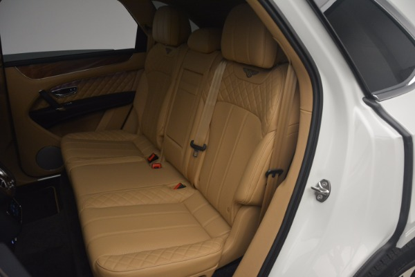 New 2018 Bentley Bentayga W12 Signature for sale Sold at Bugatti of Greenwich in Greenwich CT 06830 22