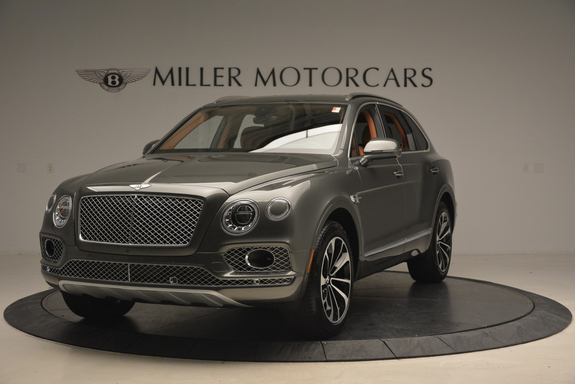New 2018 Bentley Bentayga for sale Sold at Bugatti of Greenwich in Greenwich CT 06830 1