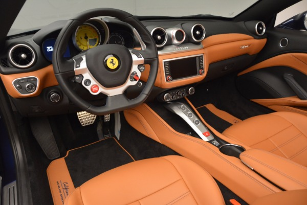 Used 2017 Ferrari California T Handling Speciale for sale Sold at Bugatti of Greenwich in Greenwich CT 06830 25