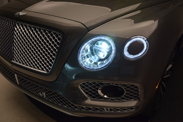 New 2018 Bentley Bentayga Activity Edition-Now with seating for 7!!! for sale Sold at Bugatti of Greenwich in Greenwich CT 06830 19
