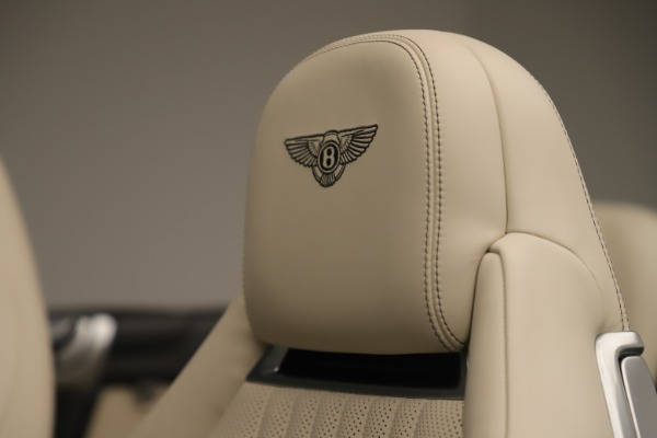 Used 2016 Bentley Continental GTC V8 S for sale $147,900 at Bugatti of Greenwich in Greenwich CT 06830 25