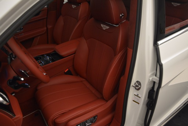 New 2018 Bentley Bentayga Onyx for sale Sold at Bugatti of Greenwich in Greenwich CT 06830 28