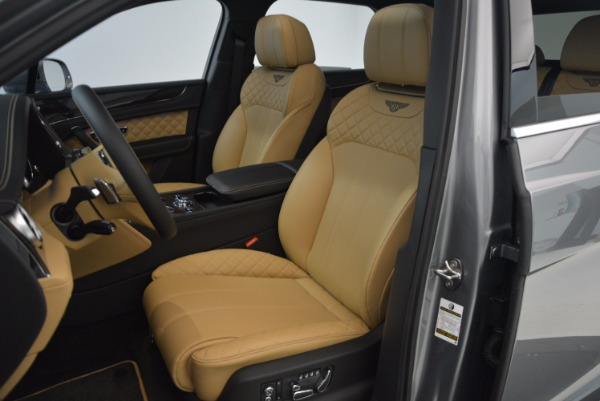 New 2018 Bentley Bentayga for sale Sold at Bugatti of Greenwich in Greenwich CT 06830 28