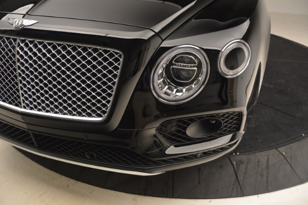 Used 2018 Bentley Bentayga Onyx Edition for sale $149,900 at Bugatti of Greenwich in Greenwich CT 06830 14
