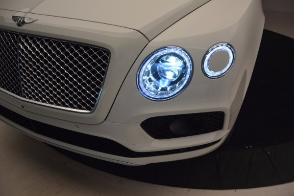 New 2018 Bentley Bentayga Onyx Edition for sale Sold at Bugatti of Greenwich in Greenwich CT 06830 17