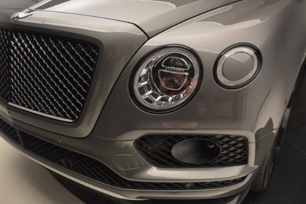 New 2018 Bentley Bentayga Black Edition for sale Sold at Bugatti of Greenwich in Greenwich CT 06830 17