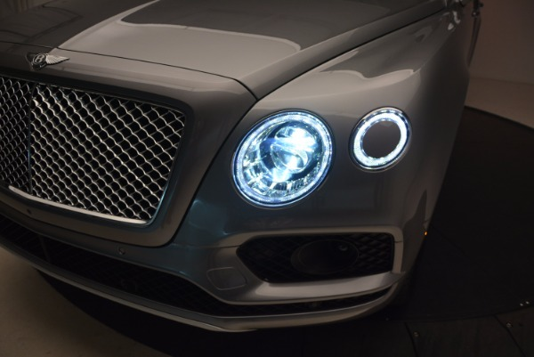 New 2018 Bentley Bentayga Onyx for sale Sold at Bugatti of Greenwich in Greenwich CT 06830 17