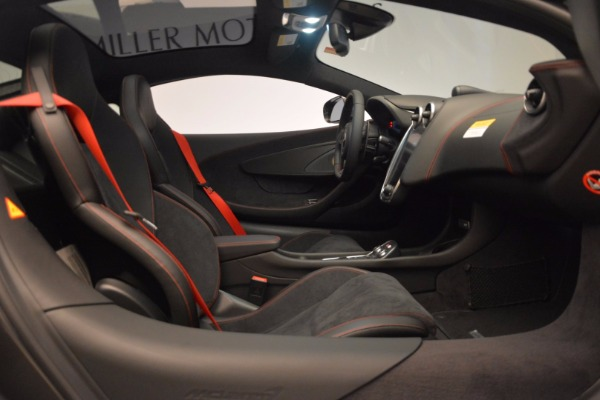 New 2017 McLaren 570GT for sale Sold at Bugatti of Greenwich in Greenwich CT 06830 22