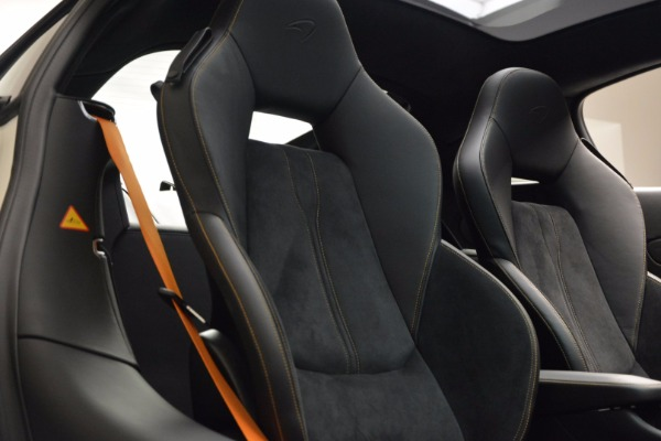 Used 2017 McLaren 570GT for sale Sold at Bugatti of Greenwich in Greenwich CT 06830 20