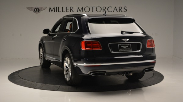Used 2018 Bentley Bentayga W12 Signature for sale Sold at Bugatti of Greenwich in Greenwich CT 06830 5