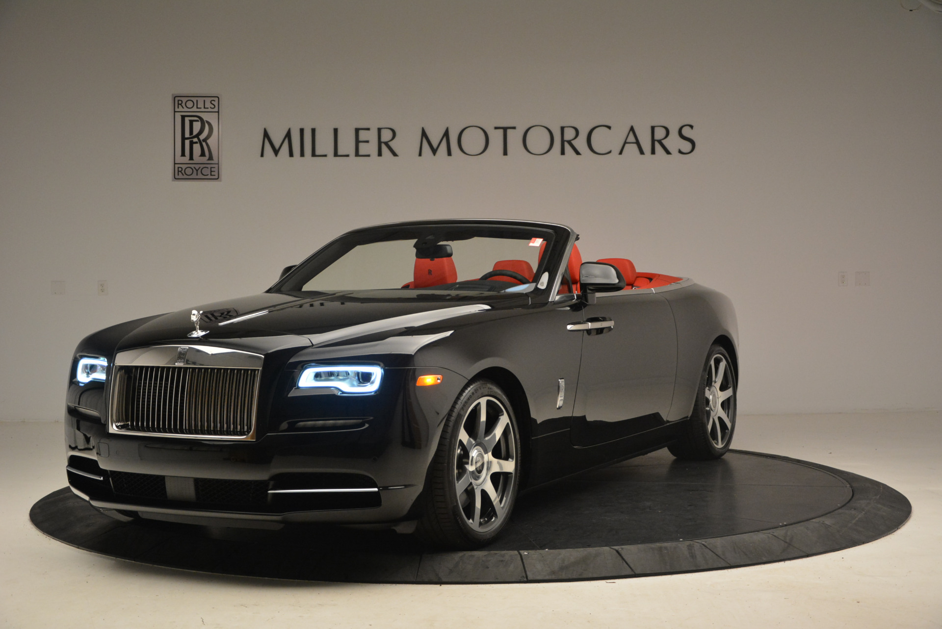 New 2017 Rolls-Royce Dawn for sale Sold at Bugatti of Greenwich in Greenwich CT 06830 1