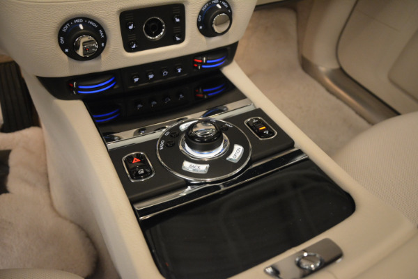 Used 2010 Rolls-Royce Ghost for sale $109,900 at Bugatti of Greenwich in Greenwich CT 06830 22