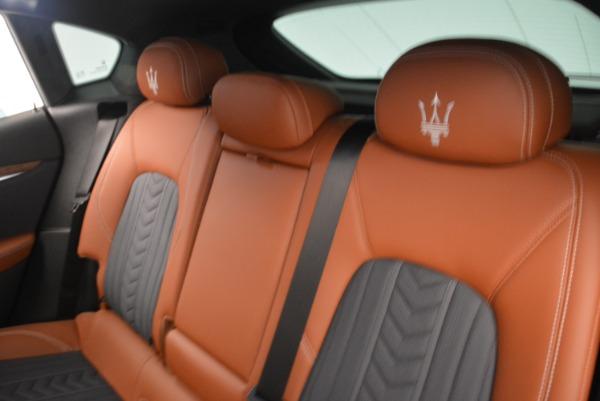 Used 2018 Maserati Levante Q4 GranLusso for sale $61,900 at Bugatti of Greenwich in Greenwich CT 06830 17