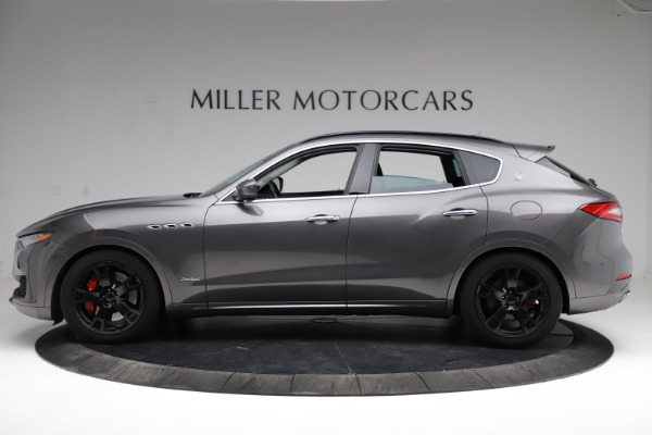 Used 2018 Maserati Levante SQ4 GranSport for sale $55,900 at Bugatti of Greenwich in Greenwich CT 06830 3