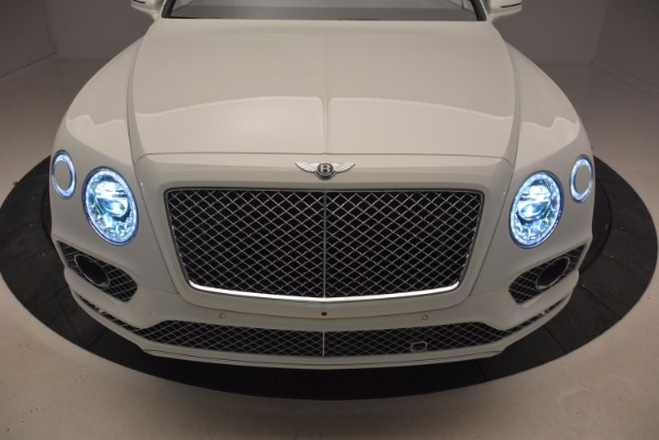New 2018 Bentley Bentayga Onyx for sale Sold at Bugatti of Greenwich in Greenwich CT 06830 14
