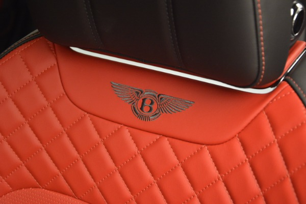Used 2018 Bentley Bentayga Onyx for sale Call for price at Bugatti of Greenwich in Greenwich CT 06830 20