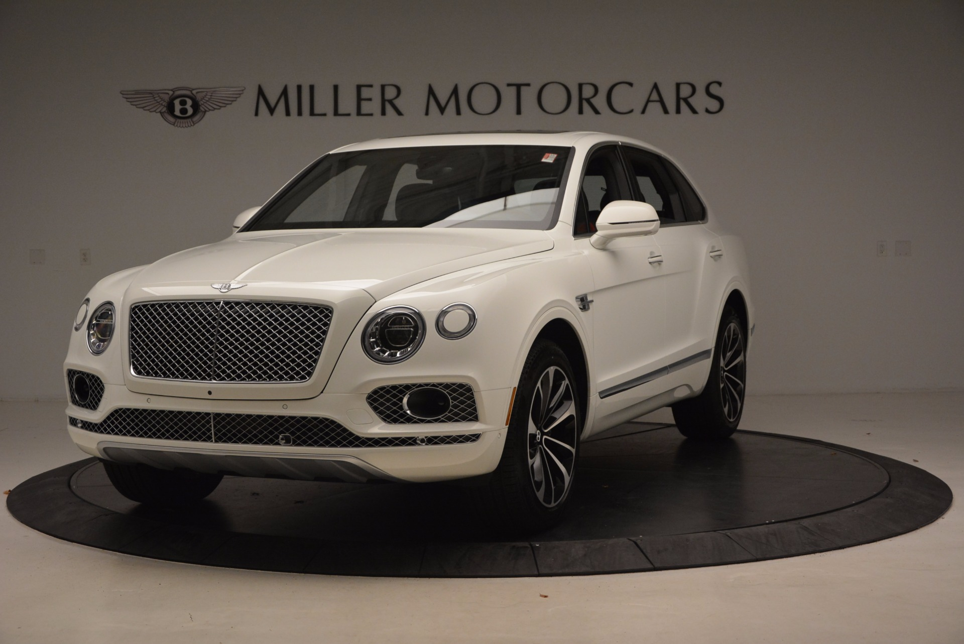 Used 2018 Bentley Bentayga Onyx for sale Call for price at Bugatti of Greenwich in Greenwich CT 06830 1