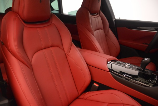 New 2018 Maserati Levante Q4 GranSport for sale Sold at Bugatti of Greenwich in Greenwich CT 06830 21