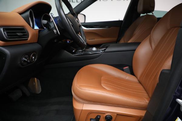 Used 2018 Maserati Levante Q4 for sale $57,900 at Bugatti of Greenwich in Greenwich CT 06830 14