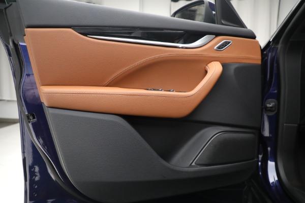Used 2018 Maserati Levante Q4 for sale $57,900 at Bugatti of Greenwich in Greenwich CT 06830 16