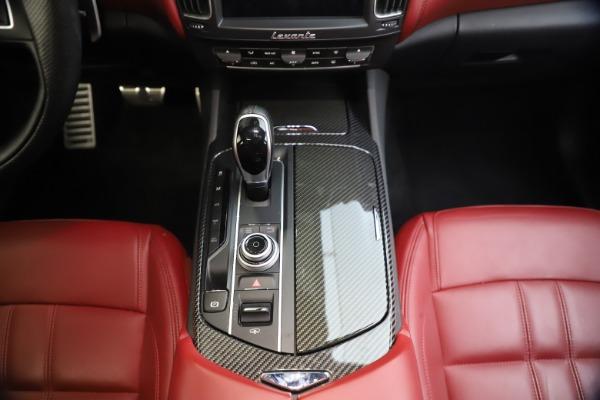 Used 2018 Maserati Levante S GranSport for sale $66,900 at Bugatti of Greenwich in Greenwich CT 06830 28