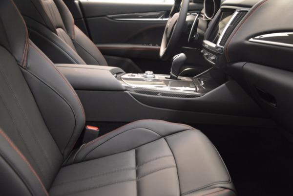New 2018 Maserati Levante S Q4 GRANSPORT for sale Sold at Bugatti of Greenwich in Greenwich CT 06830 20