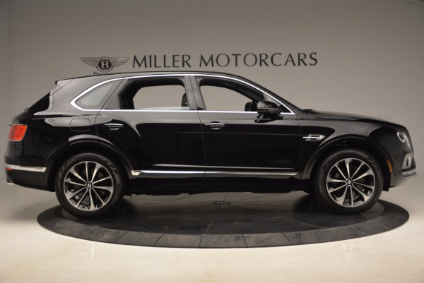 Used 2018 Bentley Bentayga Onyx for sale $145,900 at Bugatti of Greenwich in Greenwich CT 06830 11