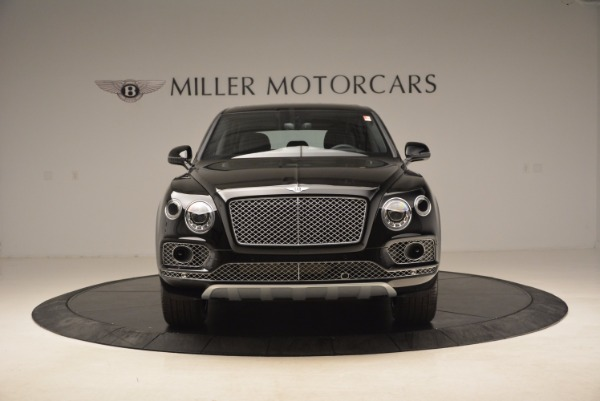 Used 2018 Bentley Bentayga Onyx for sale $145,900 at Bugatti of Greenwich in Greenwich CT 06830 14