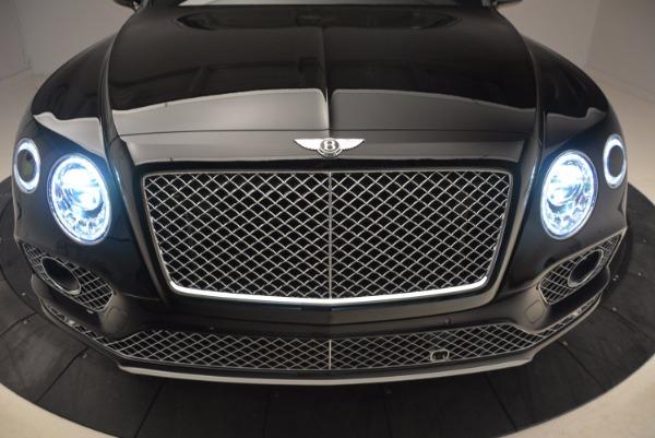 Used 2018 Bentley Bentayga Onyx Edition for sale $139,900 at Bugatti of Greenwich in Greenwich CT 06830 15