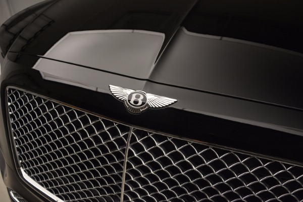 Used 2018 Bentley Bentayga Onyx Edition for sale $139,900 at Bugatti of Greenwich in Greenwich CT 06830 16