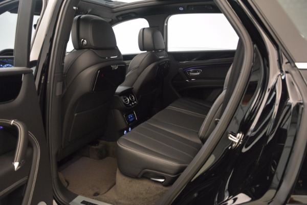 Used 2018 Bentley Bentayga Onyx for sale $145,900 at Bugatti of Greenwich in Greenwich CT 06830 22