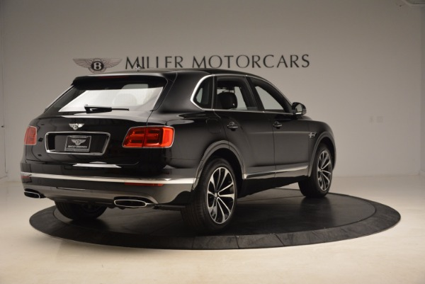 Used 2018 Bentley Bentayga Onyx for sale $145,900 at Bugatti of Greenwich in Greenwich CT 06830 9