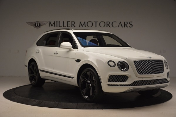 Used 2018 Bentley Bentayga Signature for sale Sold at Bugatti of Greenwich in Greenwich CT 06830 11