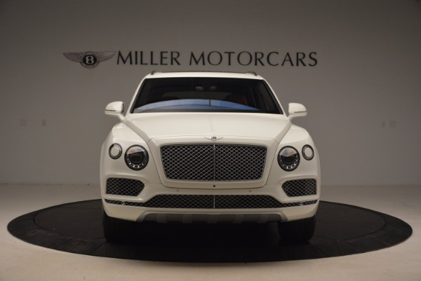 Used 2018 Bentley Bentayga Signature for sale Sold at Bugatti of Greenwich in Greenwich CT 06830 12