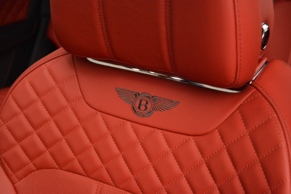 Used 2018 Bentley Bentayga Signature for sale Sold at Bugatti of Greenwich in Greenwich CT 06830 27
