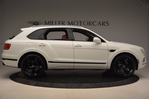 Used 2018 Bentley Bentayga Signature for sale Sold at Bugatti of Greenwich in Greenwich CT 06830 9