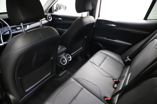 Used 2018 Alfa Romeo Stelvio Q4 for sale Sold at Bugatti of Greenwich in Greenwich CT 06830 20