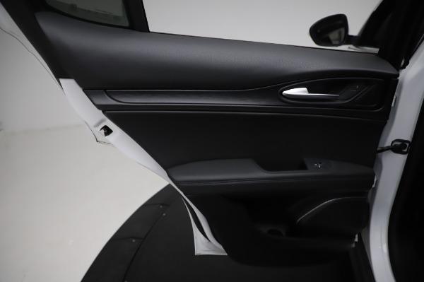 Used 2018 Alfa Romeo Stelvio Q4 for sale Sold at Bugatti of Greenwich in Greenwich CT 06830 21