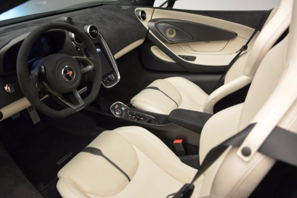 New 2018 McLaren 570S Spider for sale Sold at Bugatti of Greenwich in Greenwich CT 06830 25