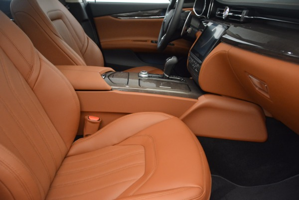 New 2018 Maserati Quattroporte S Q4 GranLusso for sale Sold at Bugatti of Greenwich in Greenwich CT 06830 20