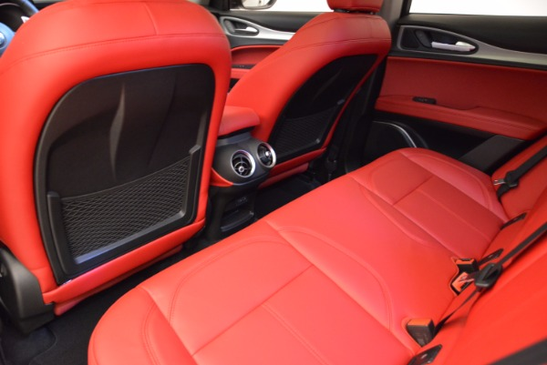 New 2018 Alfa Romeo Stelvio Sport Q4 for sale Sold at Bugatti of Greenwich in Greenwich CT 06830 16