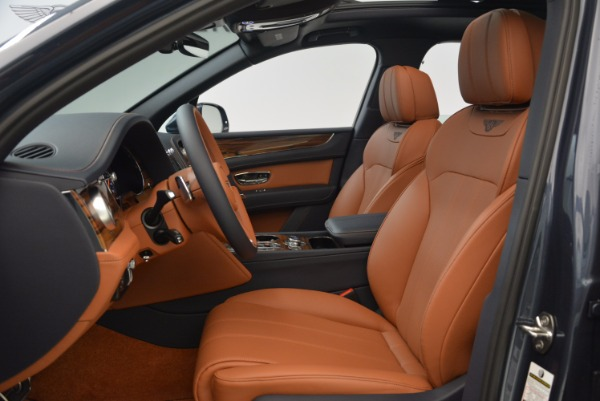 Used 2018 Bentley Bentayga Onyx for sale Sold at Bugatti of Greenwich in Greenwich CT 06830 19