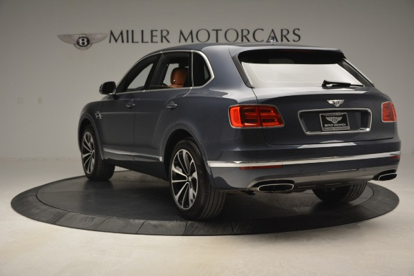 Used 2018 Bentley Bentayga Onyx for sale Sold at Bugatti of Greenwich in Greenwich CT 06830 5