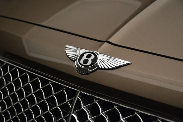 Used 2018 Bentley Bentayga W12 Signature for sale $156,900 at Bugatti of Greenwich in Greenwich CT 06830 14