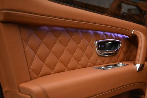Used 2018 Bentley Bentayga W12 Signature for sale $156,900 at Bugatti of Greenwich in Greenwich CT 06830 18