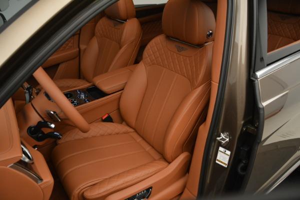 Used 2018 Bentley Bentayga W12 Signature for sale $156,900 at Bugatti of Greenwich in Greenwich CT 06830 21
