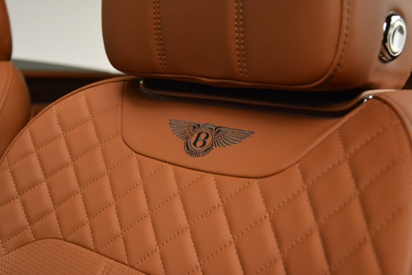 New 2018 Bentley Bentayga Signature for sale Sold at Bugatti of Greenwich in Greenwich CT 06830 22