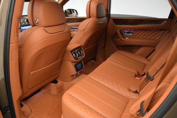 Used 2018 Bentley Bentayga W12 Signature for sale $156,900 at Bugatti of Greenwich in Greenwich CT 06830 23