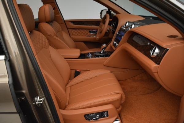 Used 2018 Bentley Bentayga W12 Signature for sale $156,900 at Bugatti of Greenwich in Greenwich CT 06830 28